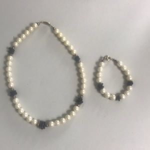 Vintage Matching pearl stone necklace and Bracelet